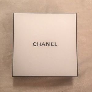 Large Black and White Chanel Box